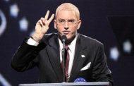 """Donald Trump vota no Eminem para presidente e diz """"Slim Shady é um vencedor!"""" / Explicação de ataque ao Trump em """"Campaign Speech"""