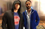 Eminem faz aparição surpresa no jogo dos Pistons e dá as boas vindas ao time