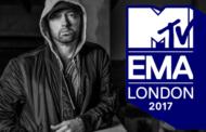 """Eminem surpreso ao receber o prêmio de """"Melhor Artista Hip Hop"""""""