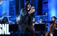 """Apresentação do Eminem no SNL conta com um medley de  """"Walk On Water,"""" """"Stan"""" e """"Love The Way You Lie"""""""