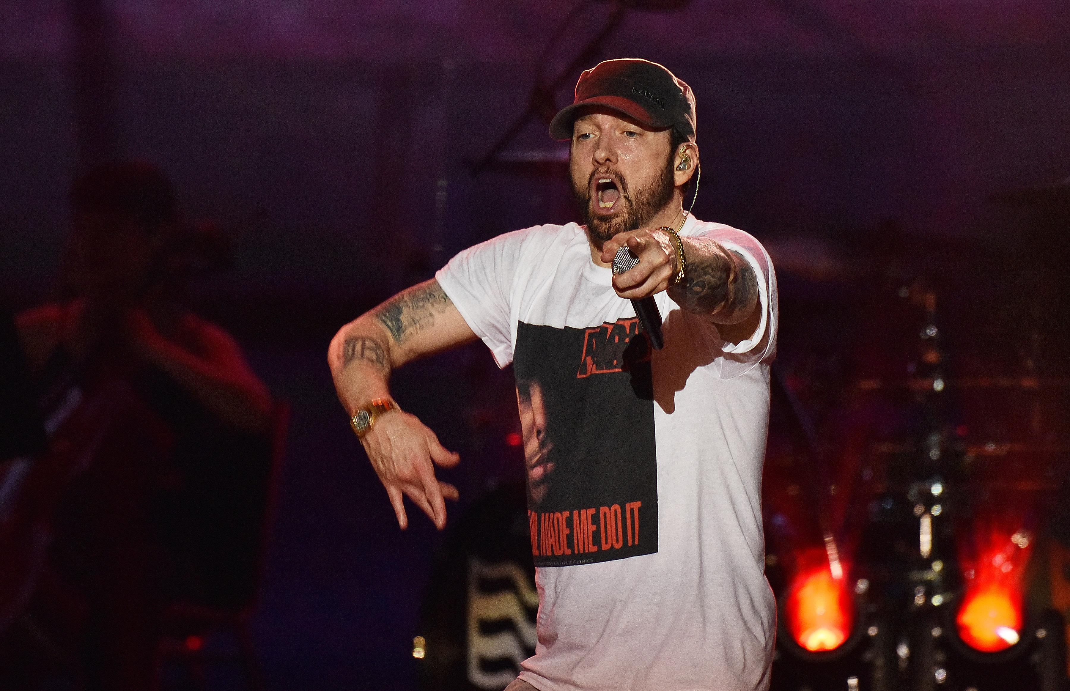Eminem é o único artista a ter sete álbuns chegar a 1 bilhão de streams no Spotify